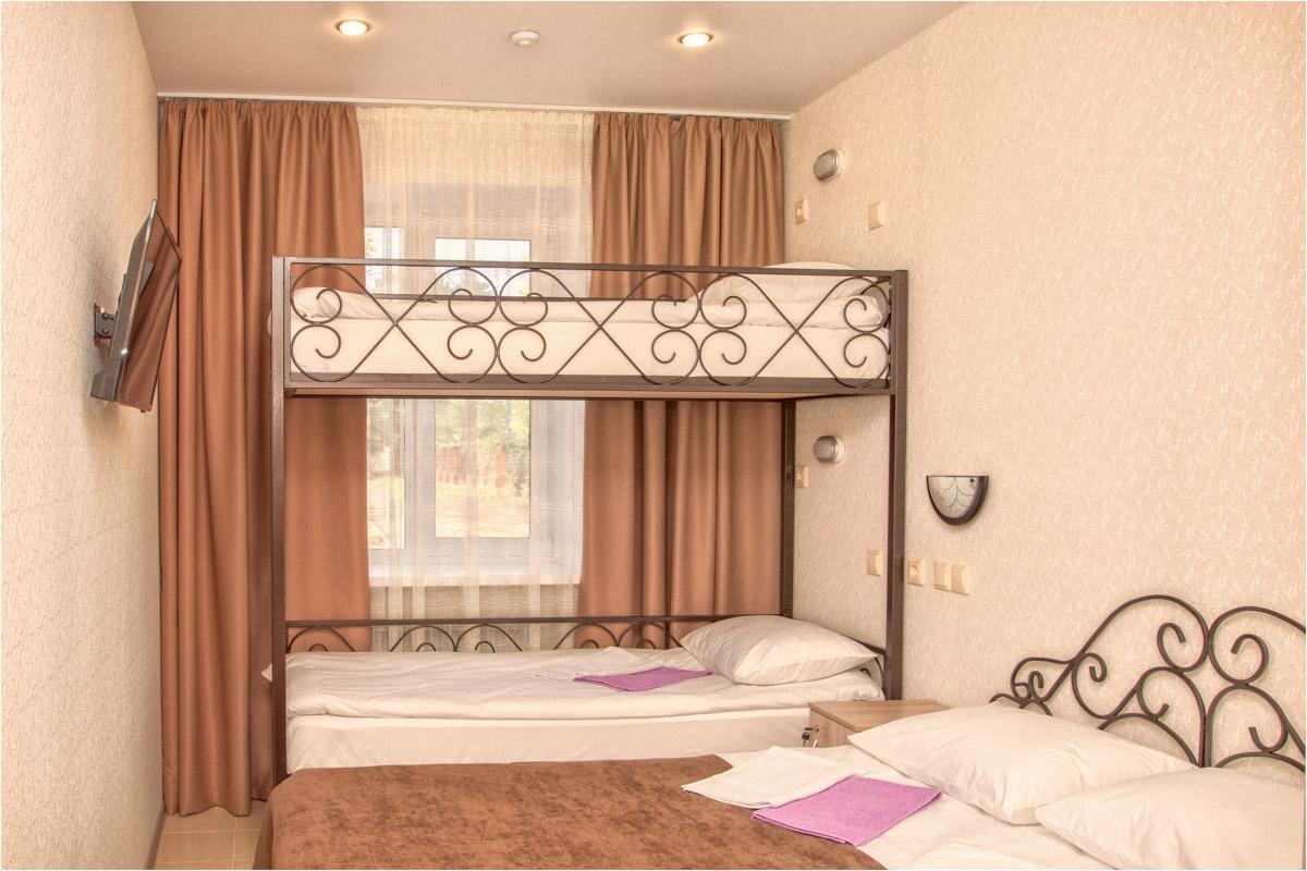 Спальня в семейном номере №6